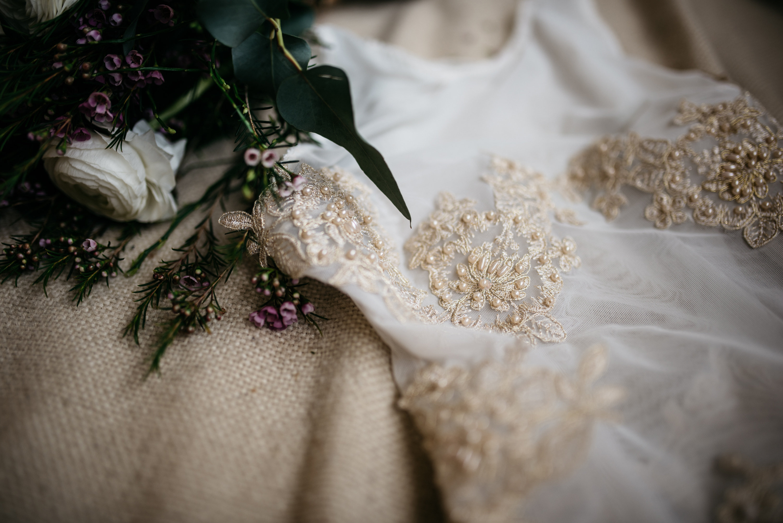 Handgefertigte Brautdessous