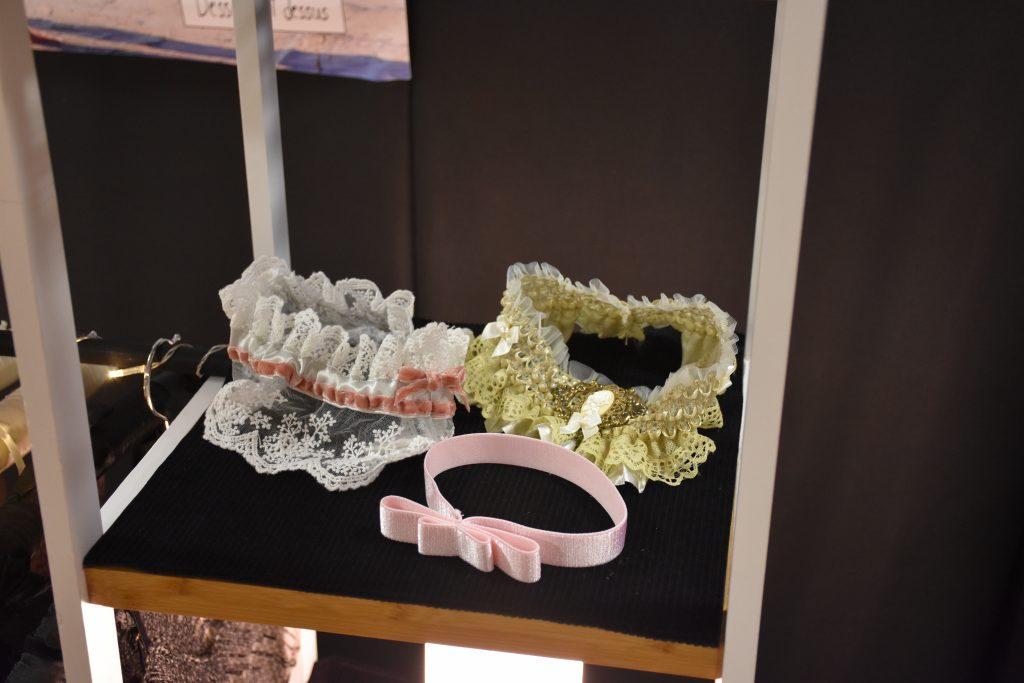 Strumpfbänder für die Braut